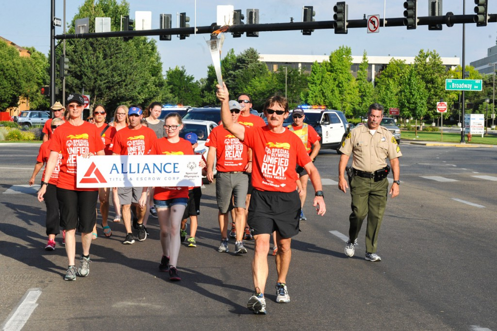Larry Matney leads the group to the end of Alliance Title's leg in the URAA in Boise, ID.